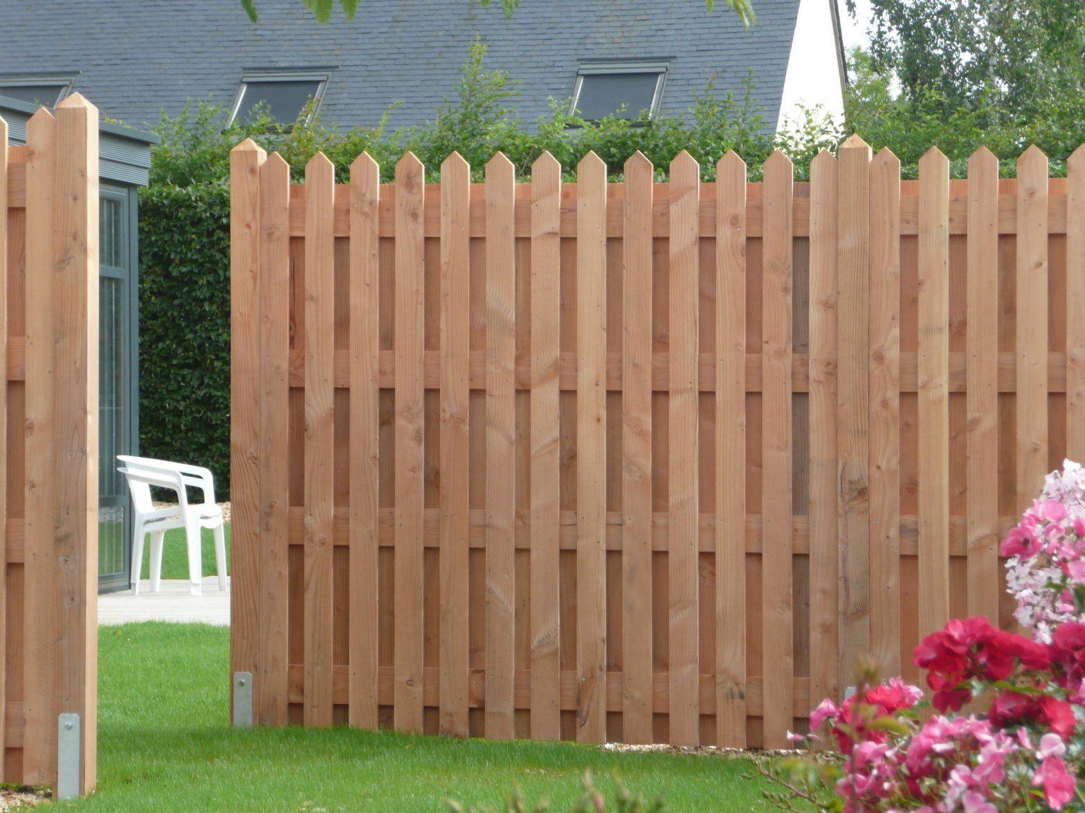 Le bois Douglas : clôture en bois