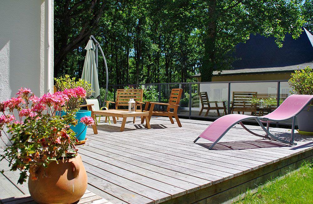 Pose de terrasse bois à angers avec Verthème